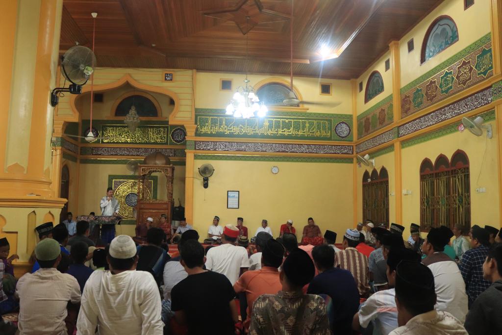 Ceramah Maulid Nabi Muhammad SAW bersama Dr. Fachruddin Mangunjaya. Foto YM/PPI-UNAS